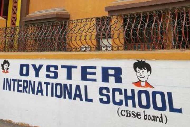 Oyster English High School-Entrance