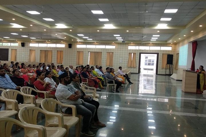 Padmashree Dr Vithalrao Vikhe Patil Foundations English Medium School-Seminar
