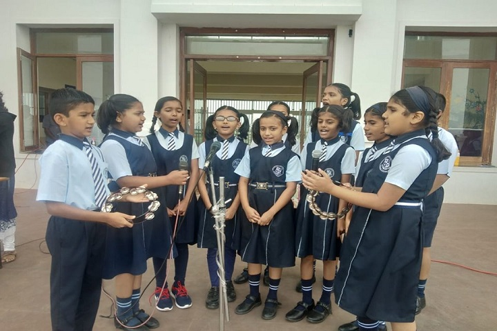 Padmashree Dr Vithalrao Vikhe Patil Foundations English Medium School-Singing
