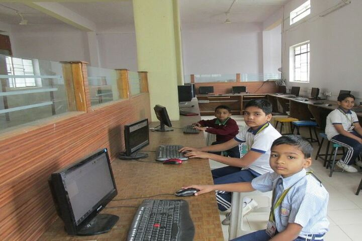 Phoenix Academy-Computer Lab