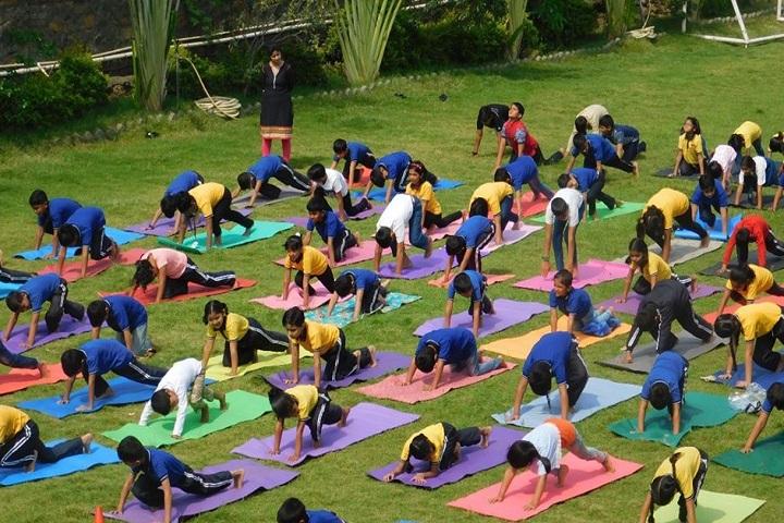Phoenix World School-Yoga Day