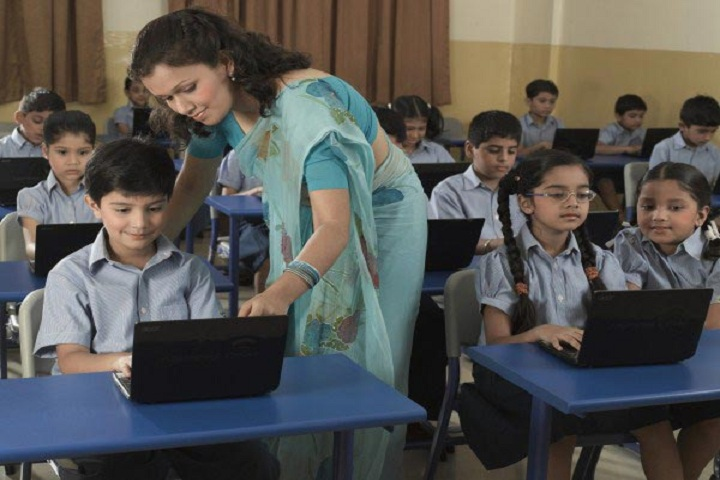 Podar International School-Computer-Lab