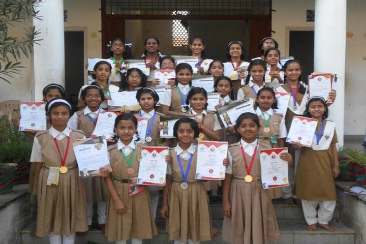 Pratibhasthali Gyanodaya Vidyapeeth-Awards