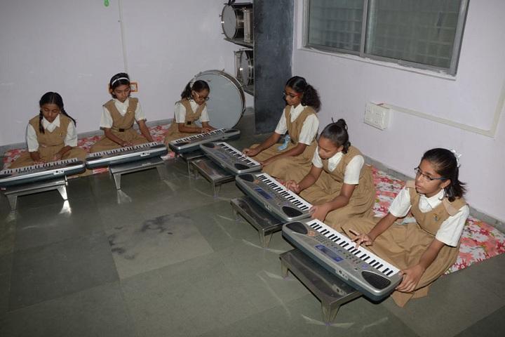 Pratibhasthali Gyanodaya Vidyapeeth-Music