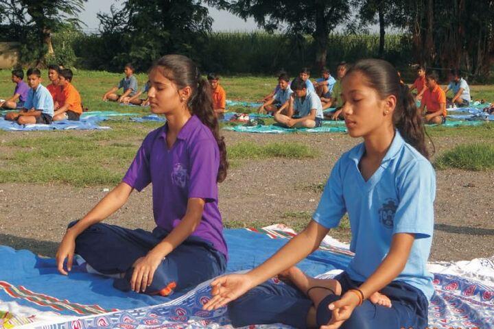 Pravara Central Public School-Yoga
