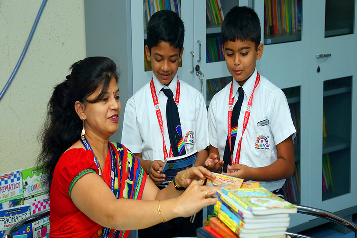 Rainbow International School-Library