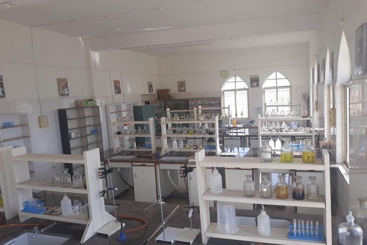 Riverdale High School-Chemistry Lab