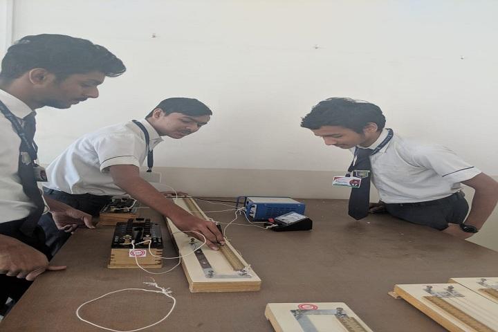 Riverdale High School-Physics Lab