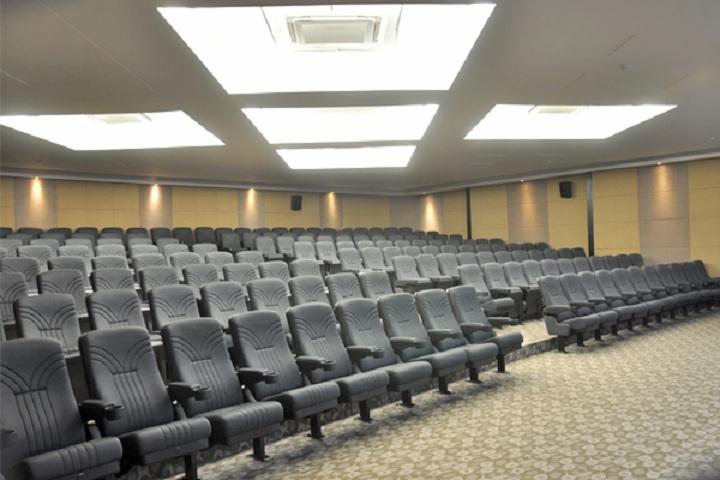 Sanjay Ghodawat International School-Auditorium