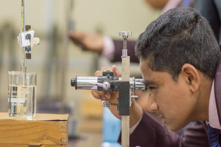 Sanjeevan Public School-science lab