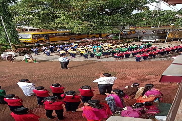 Saroj Mehta Intenational School-Assembly