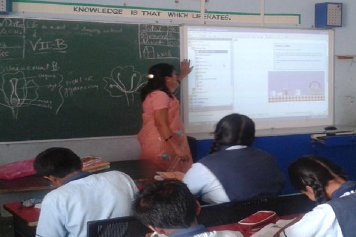 School Of Scholars-Smart Class
