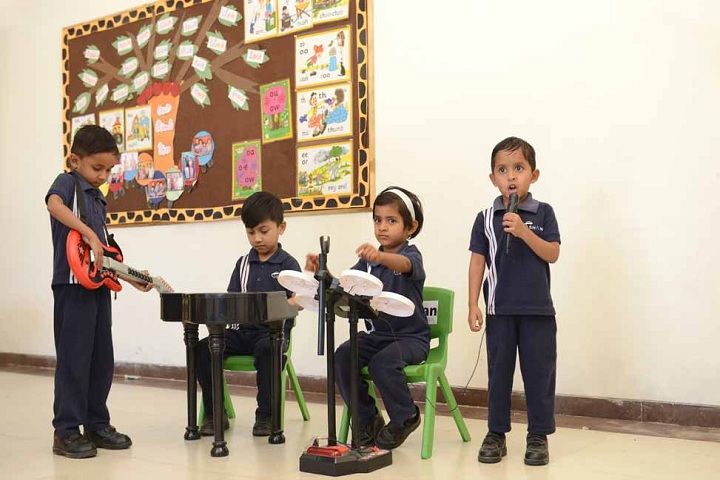 Shamit School-Primary Music Class