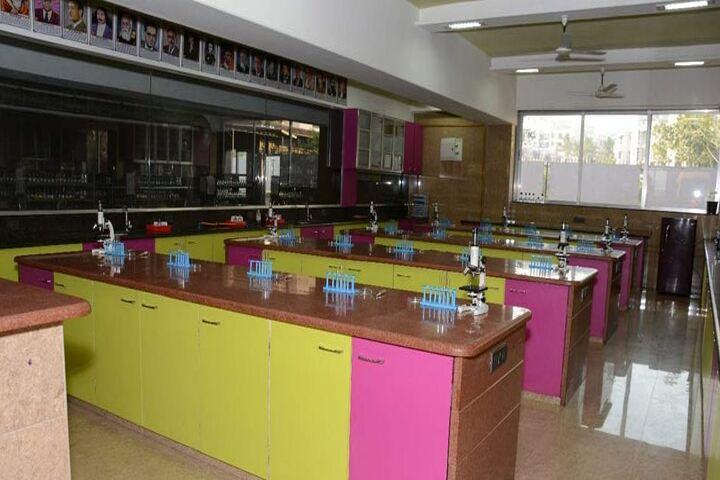 Sheth Vidya Mandir-Biology Lab
