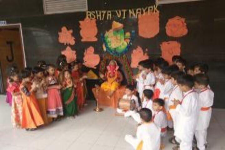 Sheth Vidya Mandir-Ganpati Idol Making