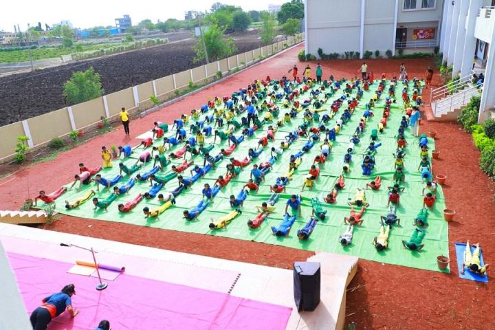 Shree Shantiniketan English School Latur-Yoga