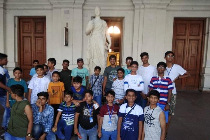 Shree Swaminarayan Gurukul International School-Trip