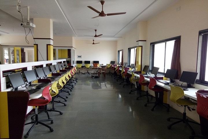 Shri Mahavir English Medium School-Computer Lab