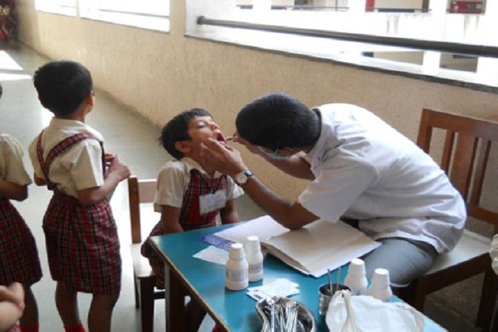 Sinhgad Spring Dale School-Medical Checkup