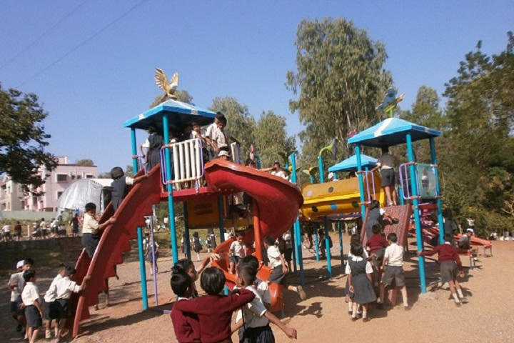 Sinhgad Spring Dale School-Picnic