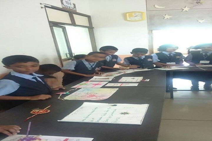 Skd International School-Rakhi Making