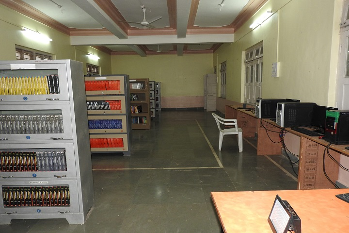 Smt  Prayag Karad English Medium High School-Library
