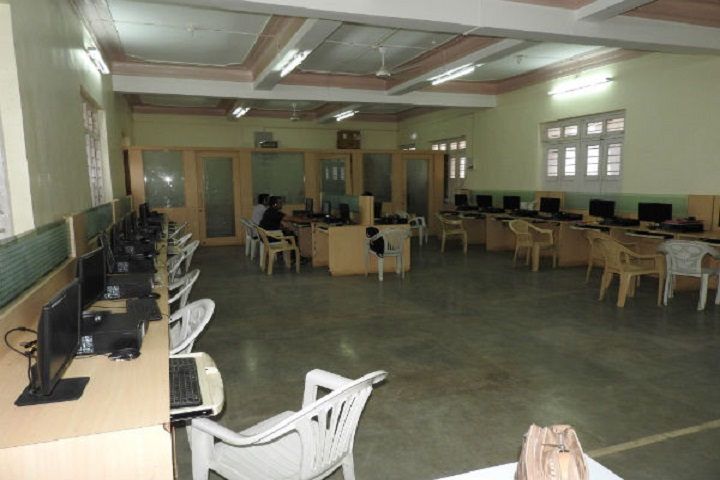Smt Prayag Karad English Medium High School-Computer Lab