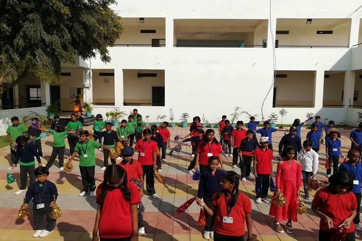 Swami Vivekanand Public School-Students