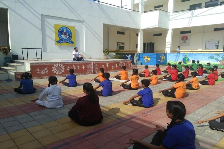 Swami Vivekanand Public School-Yoga Day