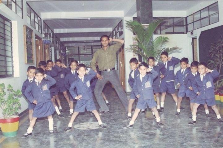 Tapti Public School-Dance