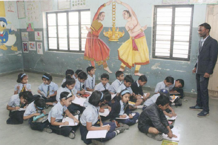 Tapti Public School-Drawing Room