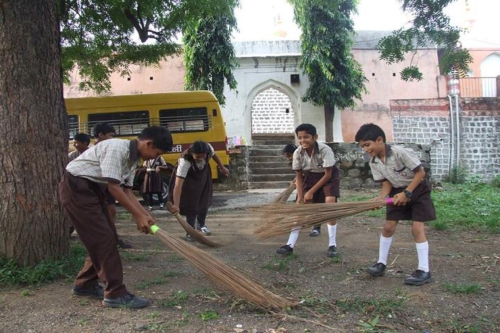The Chikhli Urban Vidyaniketan-Swacha Bharath