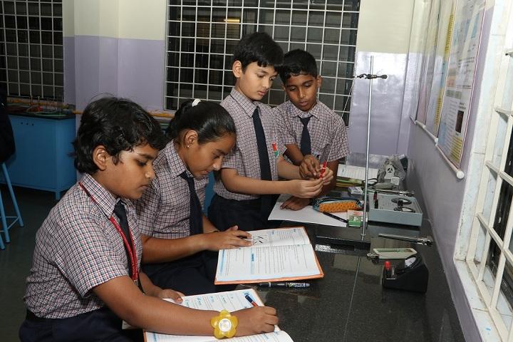 The Lexicon International School Kalyaninagar-Physics Lab