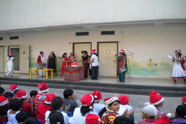 U S English Academy-Christmas Celebration
