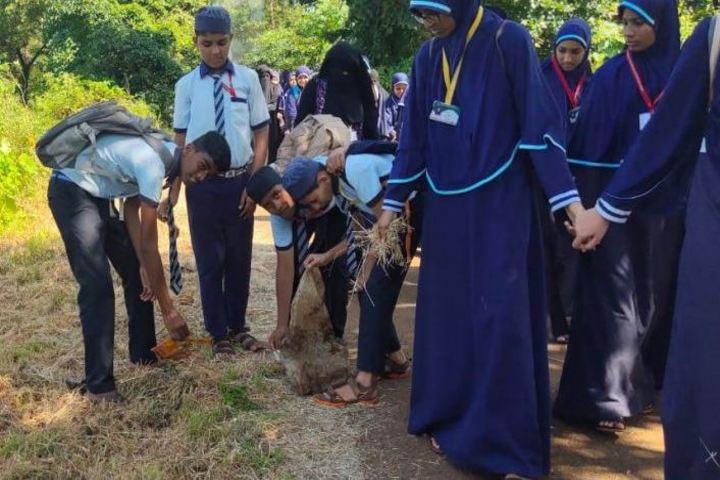 Umme Khadija English Medium School-Cleanliness