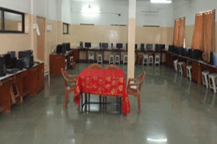 Vidya Prabodhini Prashala English-Computer lab