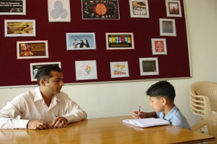 Vidya Pratishthans English Medium School-Counselling Room