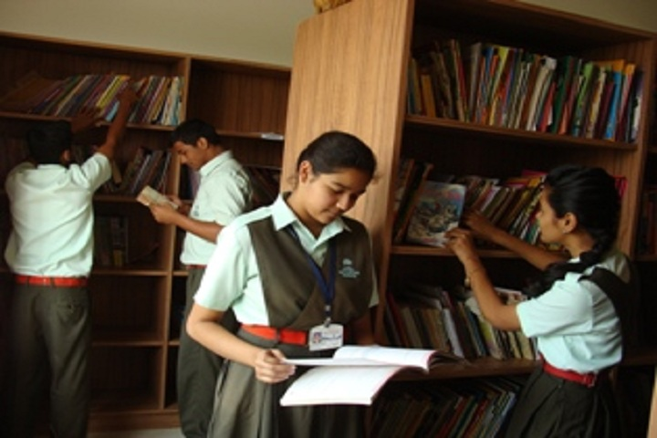 Vidya Pratishthans English Medium School-Library