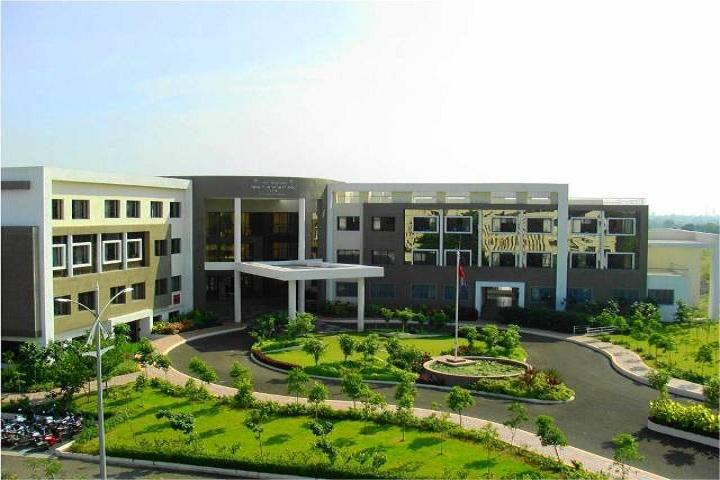 Vidya Pratishthans English Medium School-Overview School Campus