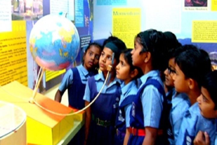 Vidya Pratishthans English Medium School-Science Center