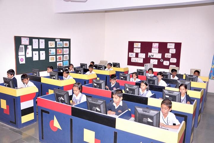 Vidya Pratishthans New Bal Vikas Mandir-Computer Lab