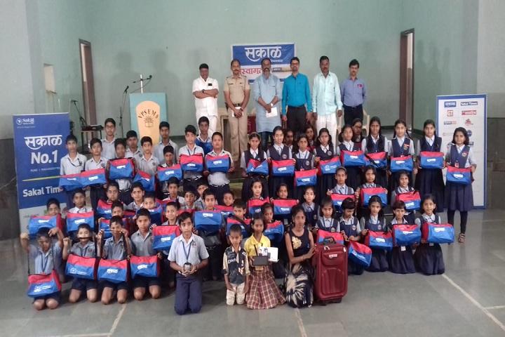 Vidya Pratishthans Someshwar English Medium School-Prize Distribution
