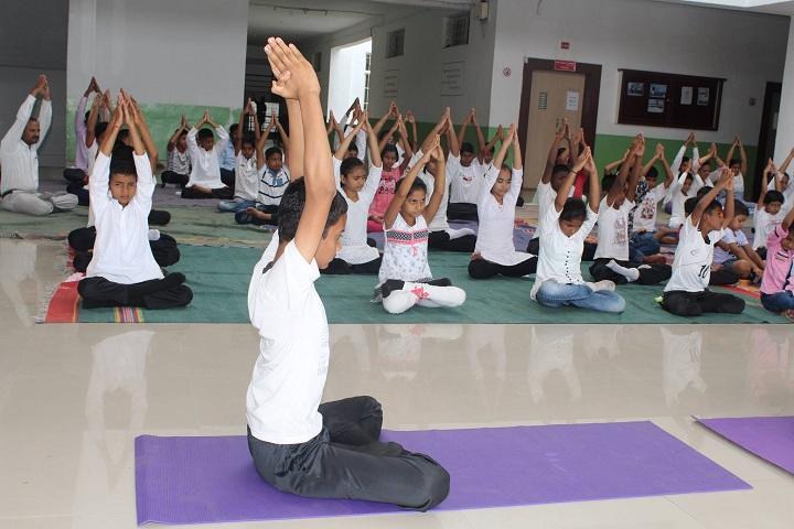 Yashoda Public School-Yoga Class
