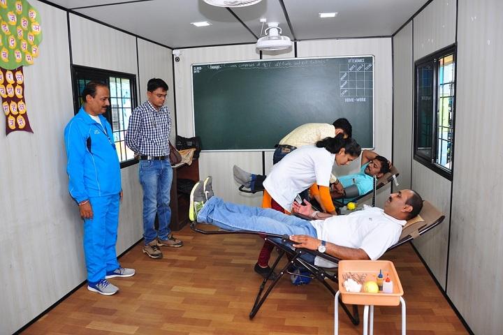 Yashshree Academy-Medical Checkup