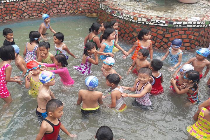 Kids Foundation-Swimming Pool