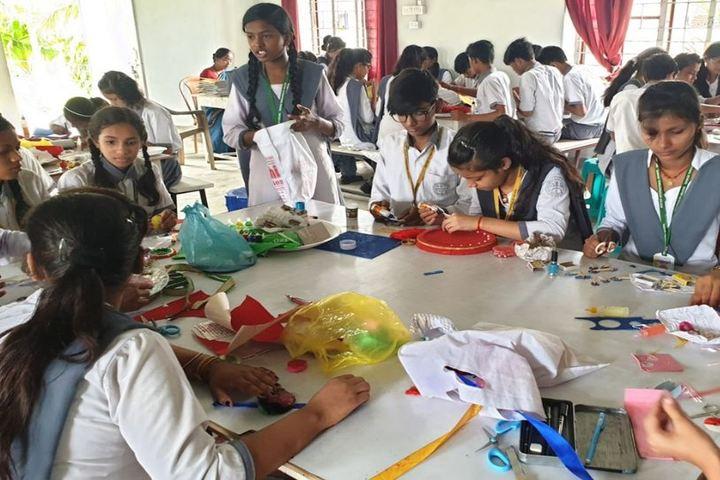 Destiny International School-Rakhi MAking