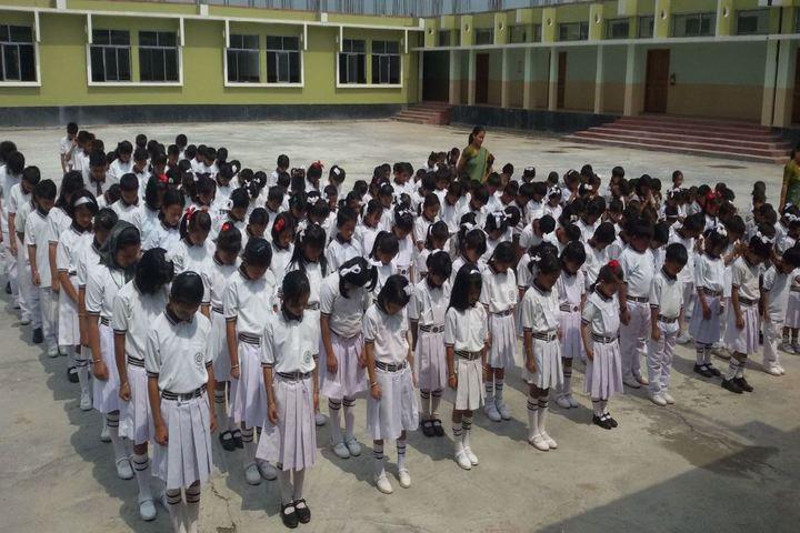 Tolchou Ibeton Memorial Academy-Assembly