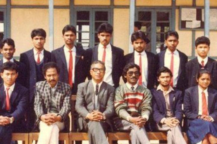 B S F Senior Secondary School-Staff