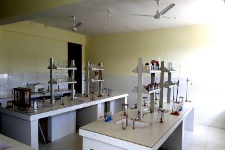 CMCL Vidya Bharati School-Chemistry Lab