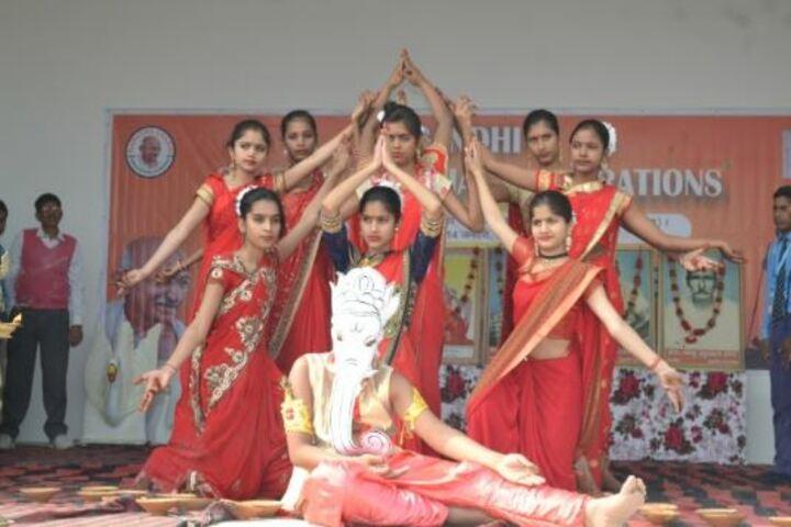 Dhruv Urmila Vidyapeeth-Devotional Activity